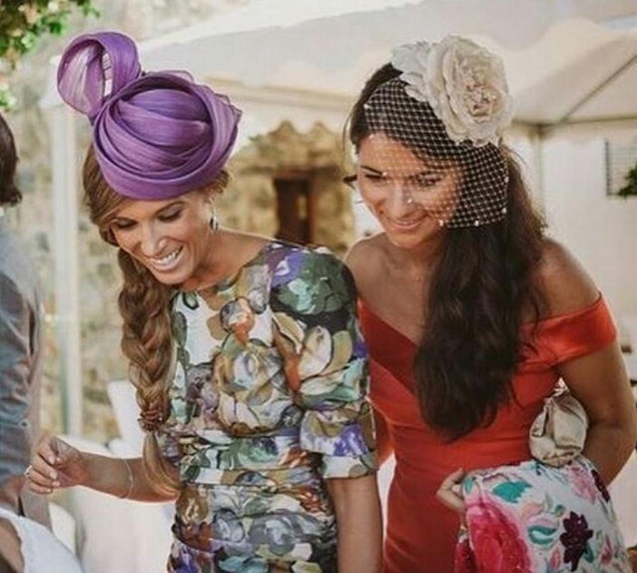 Vestidos para bodas de dia con tocados