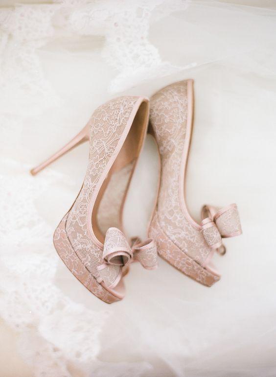 Zapatos icónicos para triunfar en tu boda principal